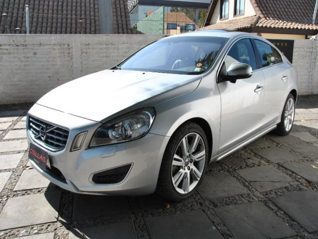 VOLVO S60  T6 PLUS AWD 3.0 LIMITED 2011
