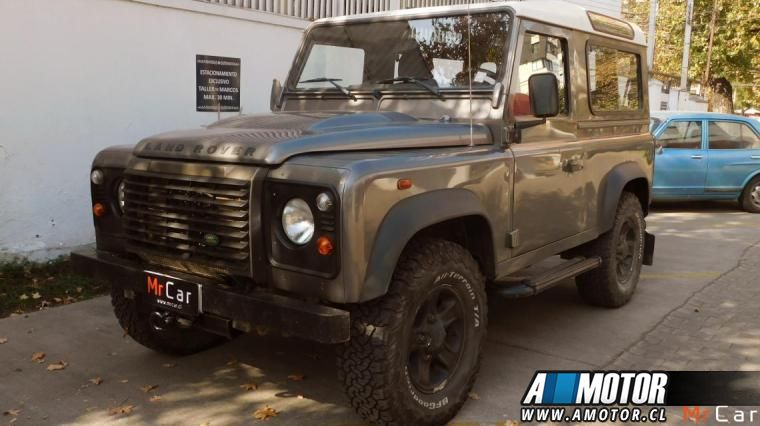 LAND ROVER DEFENDER  PUMA 2008
