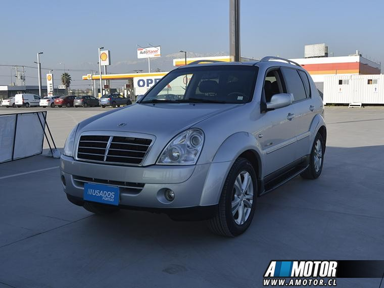 SSANGYONG REXTON  LIMITED 4X4 2.7 CRDI AT 2012
