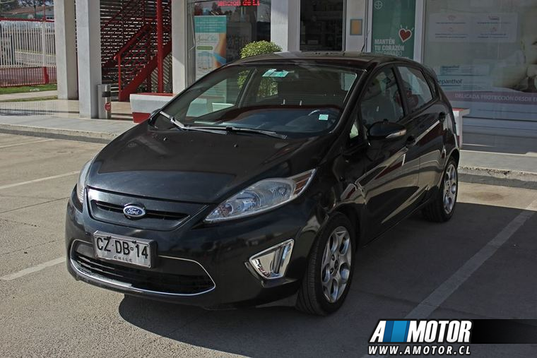 Melipilla FORD FIESTA  SES 2011 4900000