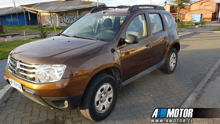 RENAULT DUSTER  expresion 2016 7500000