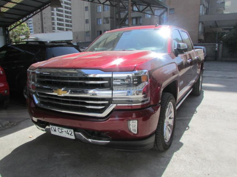 Chevrolet High Country 2018  Usado en De lujo