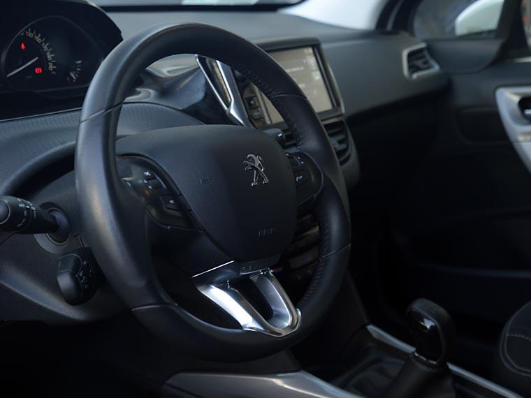 Peugeot 2008 2008 Active Bluehdi 1.6 2017  Usado en Automotriz Portillo