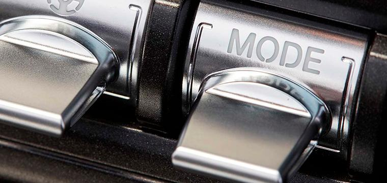 FORD MUSTANG - Motor/Equipamiento