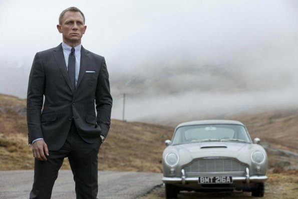"Daniel Craig interpreta a James Bond en ""Skyfall"""