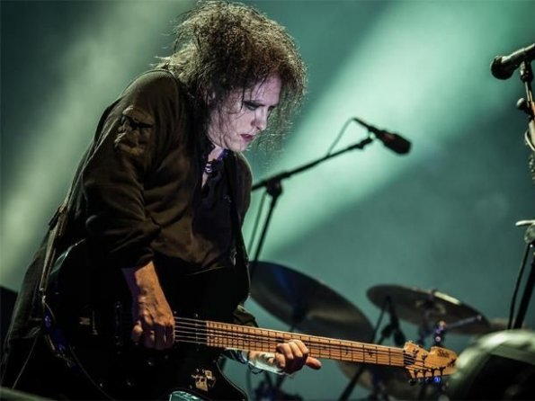 Robert Smith, vocalista de The Cure.