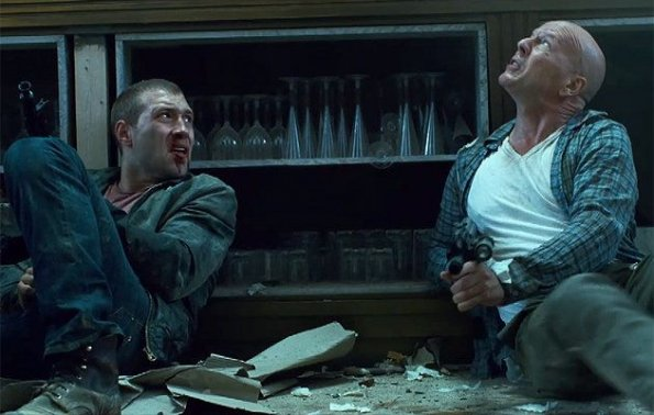 "Jai Courtney y Bruce Willis en la quinta ""Duro de Matar""."