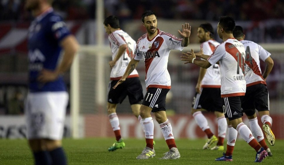 River y Lanús, por un pie en la final