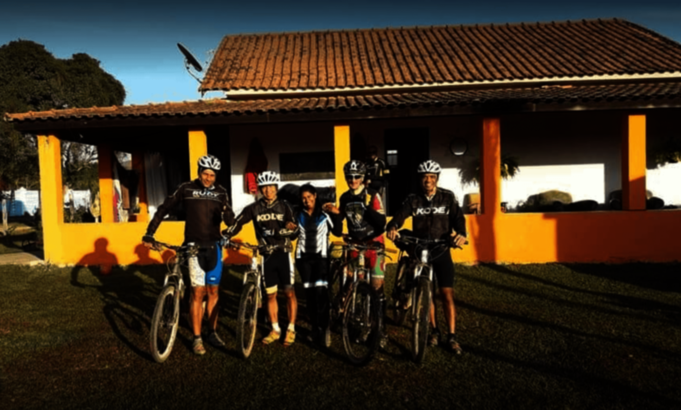 Hostel Bike Camping | Barraca Livre