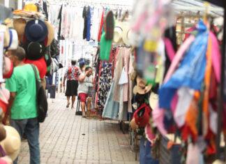 rua de comercio