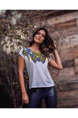 T-Shirt Brasil Penas Personalizada