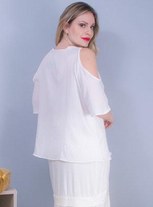 Blusa em Crepe com Recorte nos Ombros e Aplicação de Renda Bordada Off White