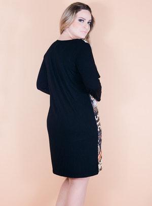 Vestido em Viscose Frontal com Mix de Estampa