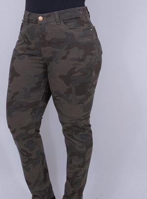 Calça em Jeans com Elastano Cigarrete Camuflada