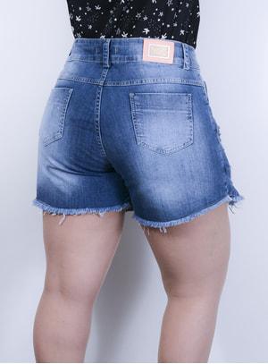 Short Saia em Jeans Destroyed com Detalhes de Amarração nas Laterais e Cinto Fake