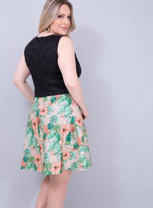 Vestido em Renda com Elanca com Decote Profundo Florido