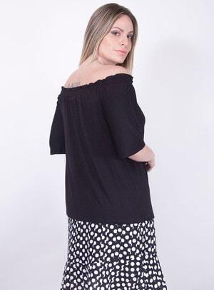 Blusa em Malha Ombro a Ombro com Estampa Floral Localizada e Detalhe em Guipir