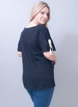 T-Shirt em Algodão Abacaxi de Paetê Aloha Preta