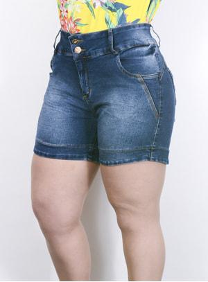 Short em Jeans com Pesponto Dourado