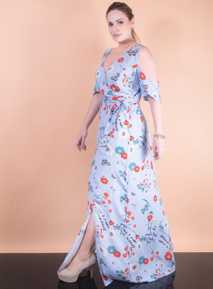Vestido Longo em Viscose com Estampa Flores e Listras e Recorte nos Ombros