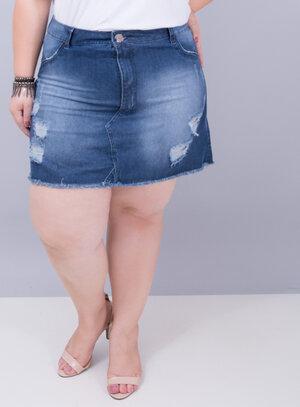 Saia em Jeans Destroyed com Barra Desfiada