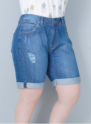 Bermuda em Jeans Stone Rasgada Barra Dobrada