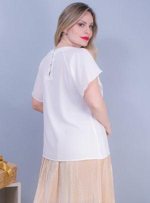 Blusa em Chiffon com Recorte nos Ombros e Pedraria no Decote Branca