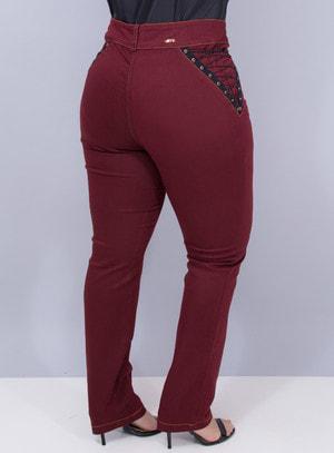 Calça Jeans Reta com Elastano Bordô com Detalhe Trançado na Lateral