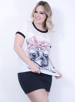 T-shirt em Chiffon com Estampa de Cachorro Bordado de Pérolas e Detalhe em Renda