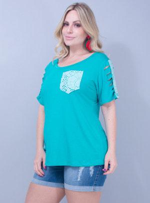 T-Shirt em Malha com Corino Recortado a Laser Verde