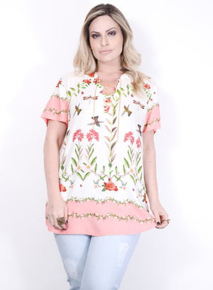 Blusa em Viscose com Estampa Floral e Detalhe de Amarração com Corrente no Decote
