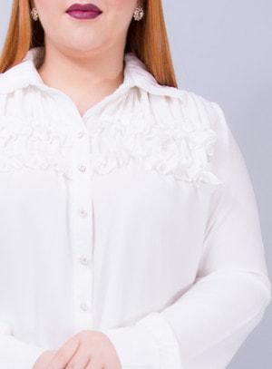 Camisa em Chiffon com Babados no Busto e Gola Branca