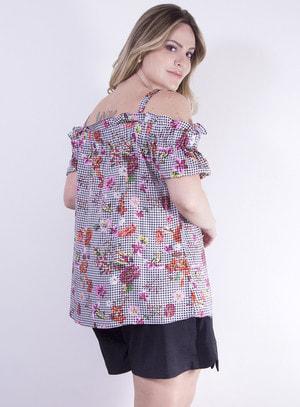 Blusa Ciganinha em Viscose com Estampa Vichy Floral