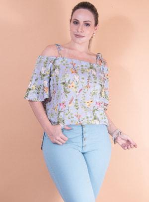 Blusa Ciganinha em Crepe com Amarração nas Alças e Estampa Floral Azul