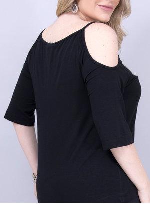 Blusa em Malha com Recorte nos Ombros