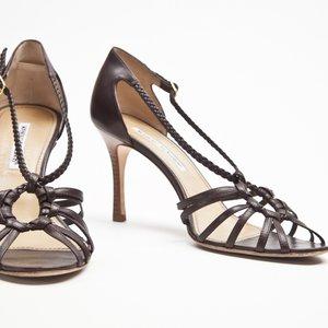Sapato Manolo Blahnik em couro marron