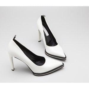 Sapato Stella McCartney em couro branco
