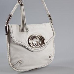 Bolsa Gucci em couro branca