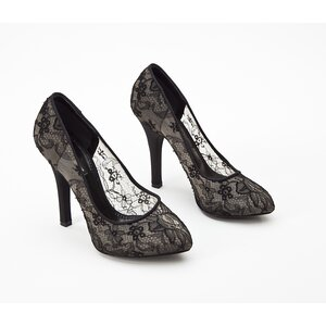 Sapato Dolce & Gabbana em renda preto