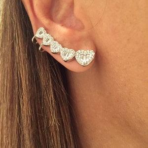 Brinco Ear Cuff Corações Prata925