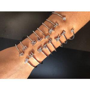 Bracelete Letra Prata925 Cravejado com Banho de rodio