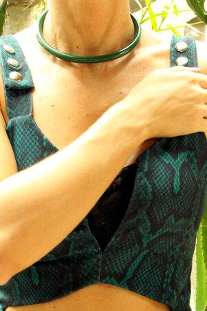 Colar Circulo Verde Resina