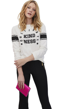 Blusa Moleton Kindness
