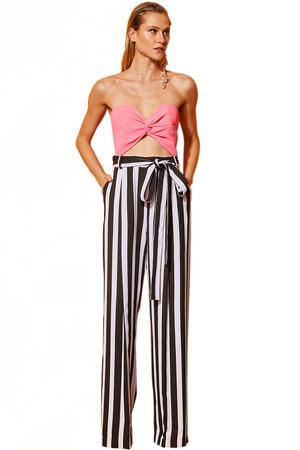 Calça Pantalona com Faixa Listrada