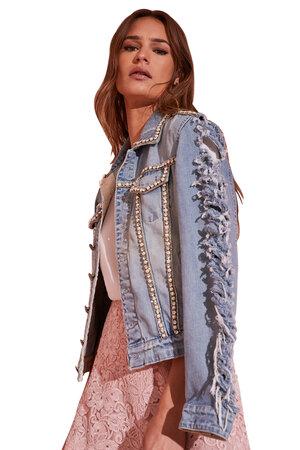 Jaqueta Jeans Bordada e Rasgada