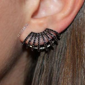 Ear Cuff Thassia Glam Negro