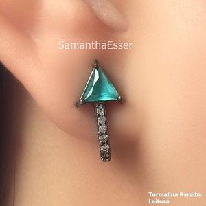 Brinco Ear Hook Triângulo - RÓDIO NEGRO