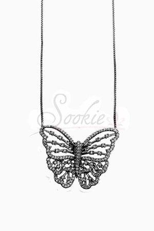 Colar butterfly vazado rodio negro semijoia