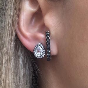 Brinco Ear Hook Cravejado Negro