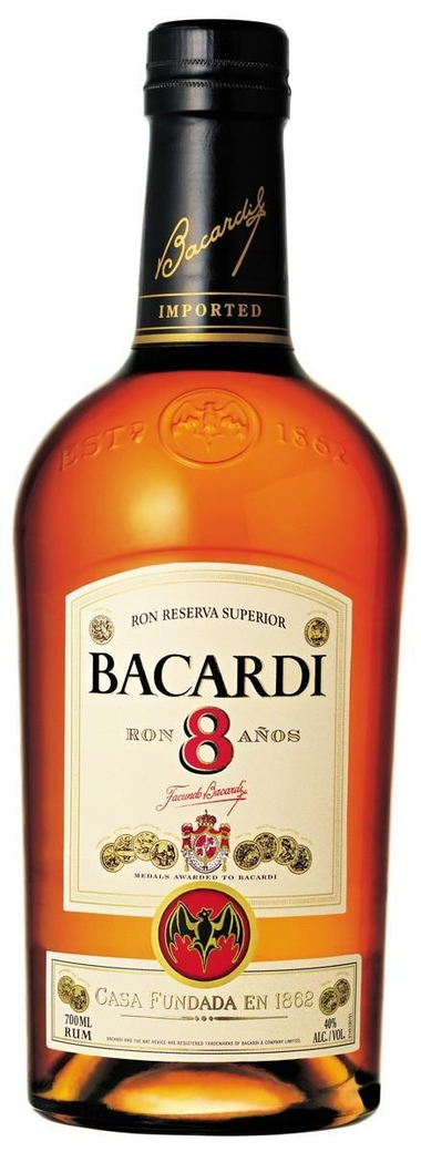 Ron Bacardi 8 años 750cc